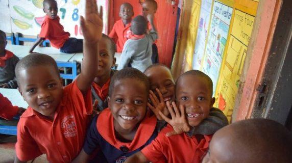 Favorire l'accesso dei minori a servizi e sistemi di miglioramento della salute e protezione dell'infanzia