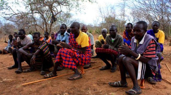 Realizzazione di scuole agricole sul campo a Kamion